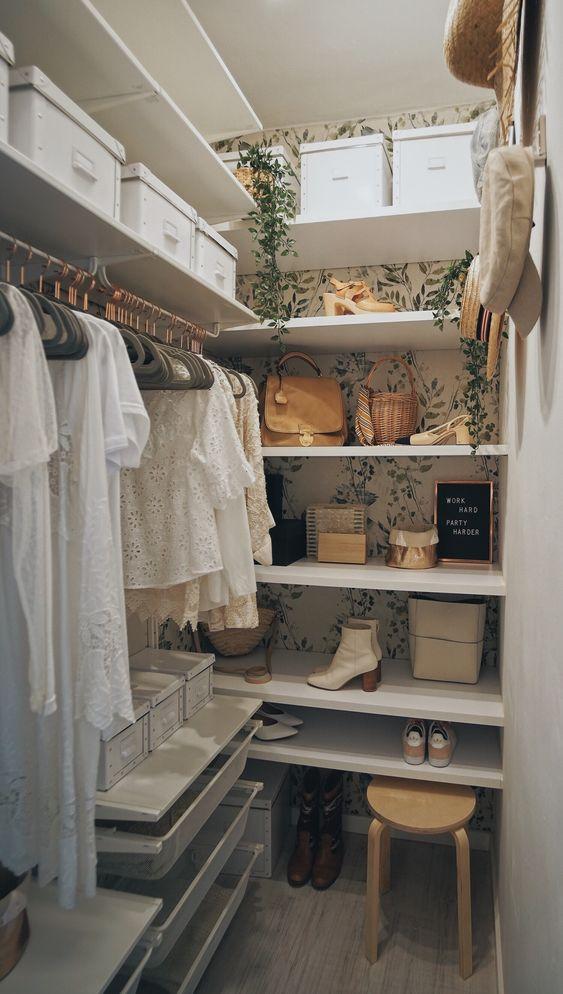 Tropical Wardrobe For Women